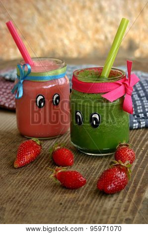 Creative organic smoothie for kids