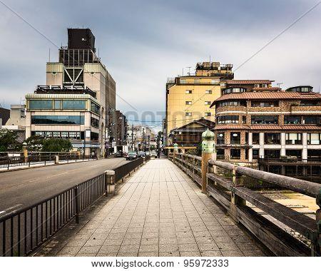 Sanjo Ohashi Bridge In The Morning, Kyoto, Japan