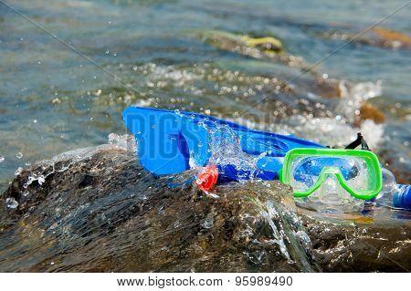 composition, fins, mask, snorkel