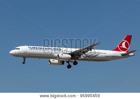 Airbus A321 Aircraft Of Turkish Airlines