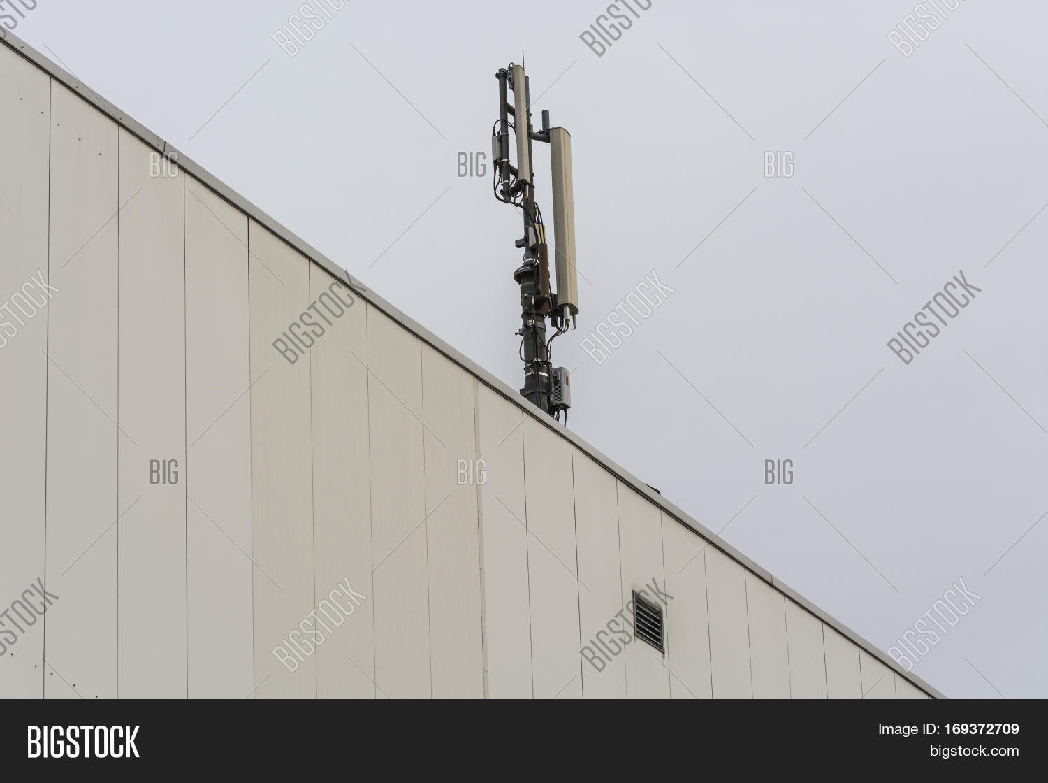 Unusual Wireless Telecommunication Towers Gallery - Everything You ...