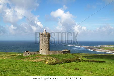 Doonagore castle - Ireland