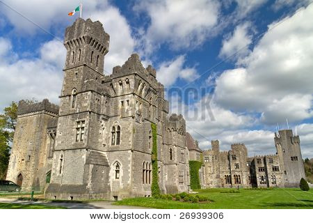 Luxury Ashford castle and gardens - Co. Mayo - Ireland