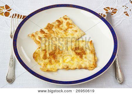 """Fried matzo (""""Matzah brei"""") - Passover breakfast"""