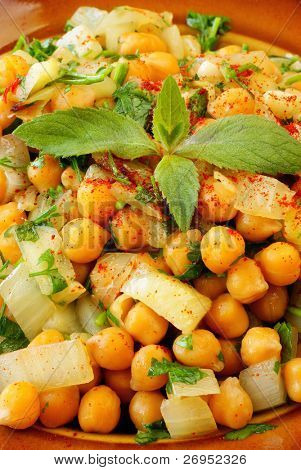 Moroccan warm chickpeas salad
