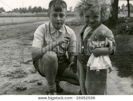 Vintage photo of siblings (fifties)