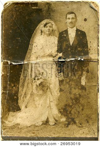 Vintage photo of newlyweds