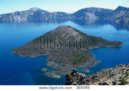 Wizard Island, Crater Lake Oregon