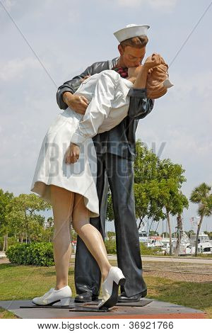 Unconditional Surrender Statue In Sarasota, Florida, Before It Was Hit By A Car And Removed Vertical