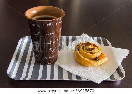 Breakfast With Coffeee And Raisin Brioche