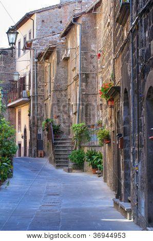 Alleyway. Vitorchiano. Lazio. Italy.