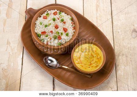 Vegetable Pilau with Kadi