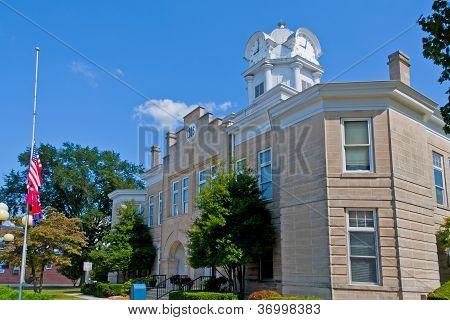 Cumberland Courthouse