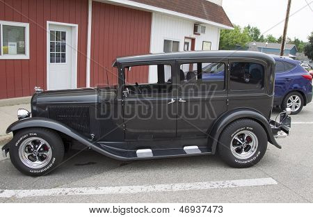 1931 Chrysler Plymouth Car Side View