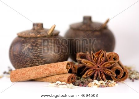 Spices & Wooden Jars