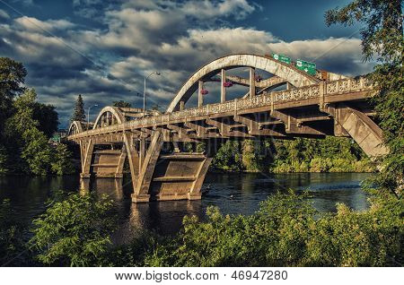 Grants Pass Oregon puente