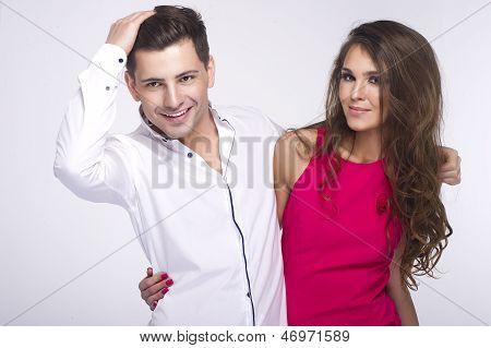 Retrato de casal feliz