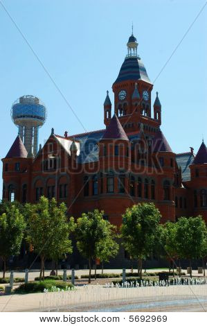 Old Red Courthouse and Reunion Tower