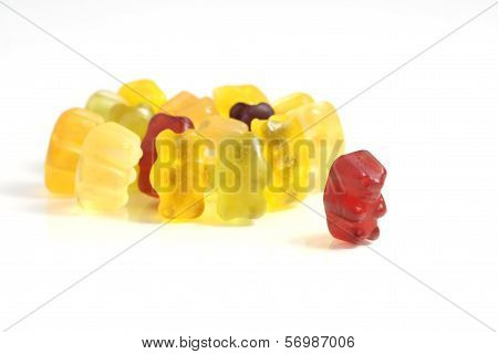 Gummy Bear Story Series: Dare to go out of the crowd