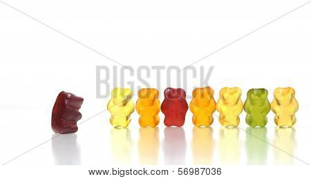 Gummy bears story series - Dare to challenge authority