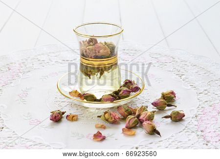 Rose flavoured persian tea