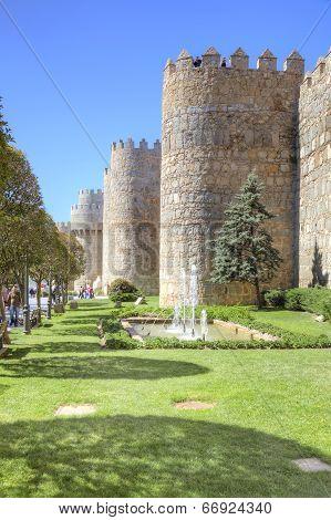 Avila, Cityscape