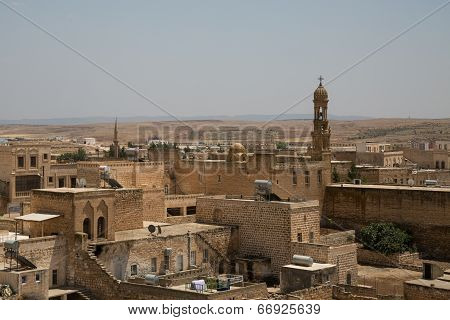 overview of the village of Midyat