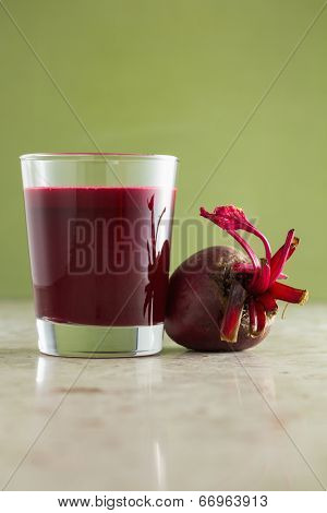Beetroot and fresh beetroot juice