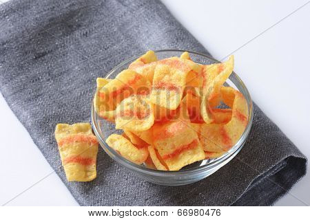 puffed crisps with the flavor of bacon