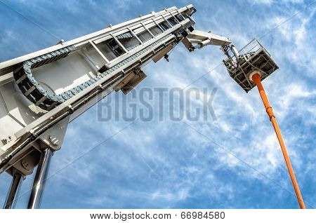 Hydraulic Man Lift