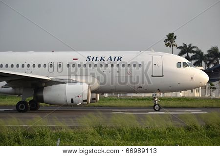 Silk Air airplane