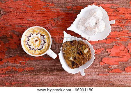 Chocolate Caramel Latte With Walnut Crisp Bread