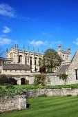 foto of cardinal  - Christ Church College Oxford University in Oxfordshire was founded in 1521 by Thomas Cardinal Wolsey as Cardinal College and after his fall from grace Henry V111 re - JPG