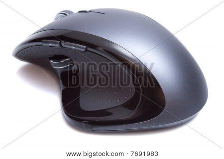Mouse ergonômico moderno isolado