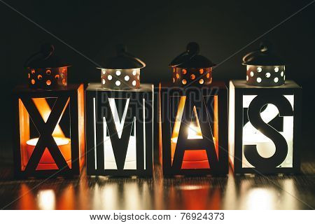Xmas Decoration With Small Candle Lanterns