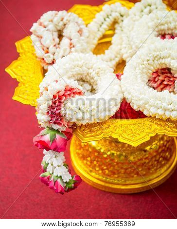 Thai Garlands