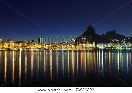 Night view Lagoon Rodrigo de Freitas (Lagoa) Rio de Janeiro