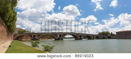 Bridge Pont Neuf Spanning The Garonne In Toulouse