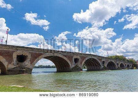 Pont Neuf Spanning The Garonne