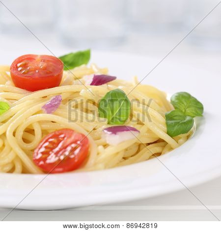 Italian Cuisine Spaghetti With Tomatoes Noodles Pasta On A Plate