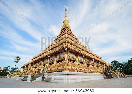 Phra Mahathat Kaen Nakhon Temple (or Phra That Nong Waeng) - Thai Buddhist Temple, In Khon Kaen, Tha