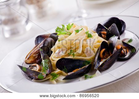 Pasta And Mussels
