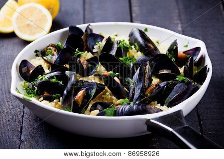 Curry Rice And Mussels