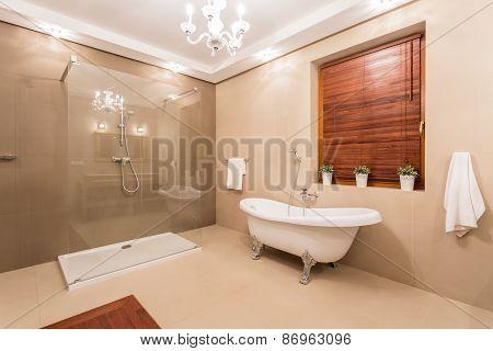 Big Washroom