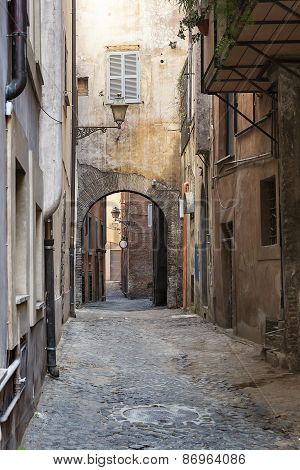 Typical alleyway in the old part of Rome, Italy