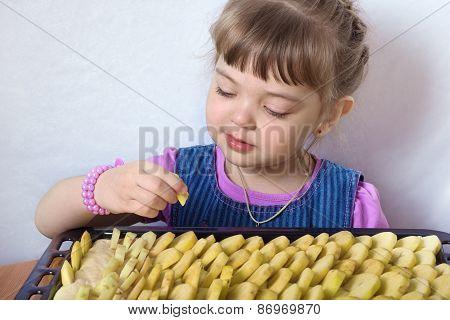 Four-year Little Girl Preparing Apple Pie