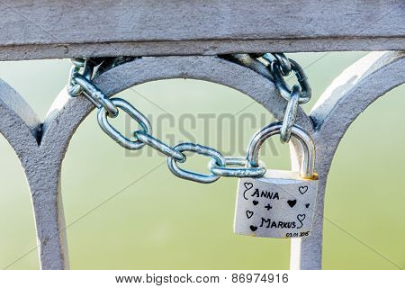 padlock symbolizing the love, loyalty, partnership, romance