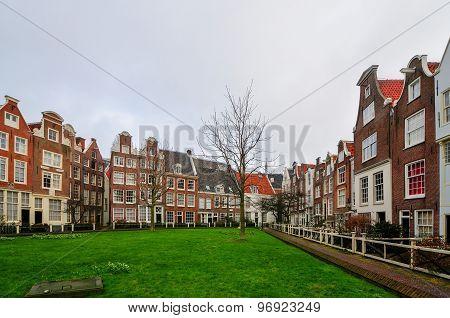 Medieval Houses In Begijnhof, Amsterdam
