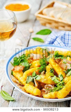 Potatoes Pumpkin Gnocchi With Bacon, Cilantro And Mint