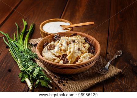 traditional ukrainian food - dumplings varenik